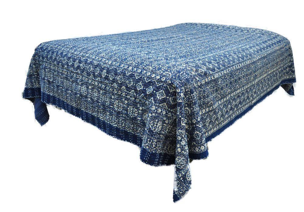Quiltet sengetæppe i indisk bomuld