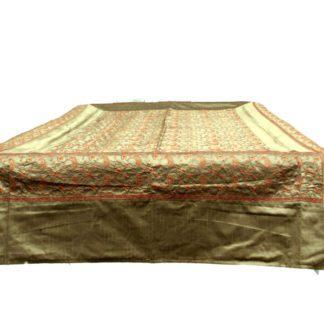 Silke sengetæppe med kashmir broderier incl. 4 pudebetræk