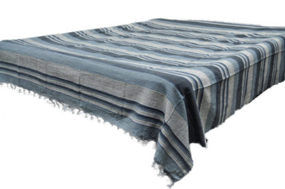 Kerala sengetæpper i 8 lysefarver