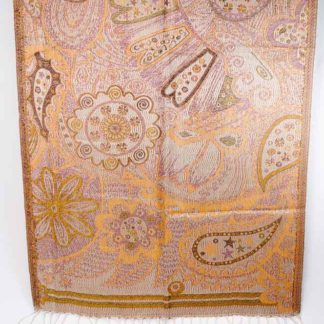 Silke tørklæde er fremstillet af 100 % silke